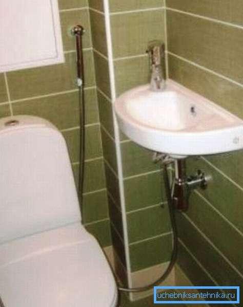 Смесители с гигиеническим душем для маленькой раковины в раздельном санузле – идеальное решение с точки зрения практичности и удобства