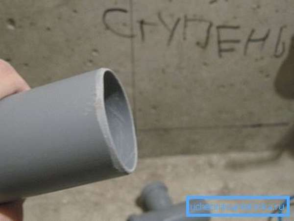 Снятая фаска сильно упростит сборку соединения.