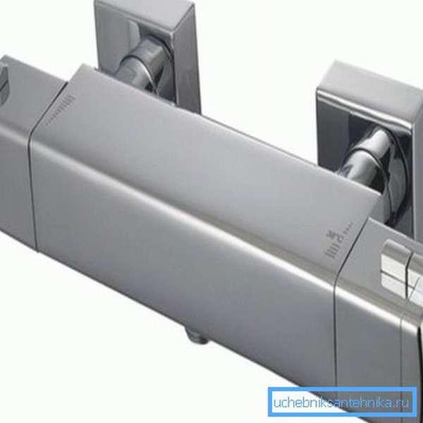 Современный кран, оснащенный термостатом