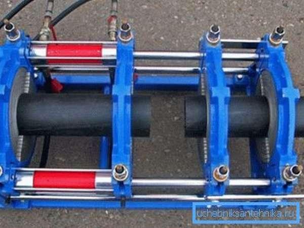 Специальное устройство для пайки встык систем с большим диаметром