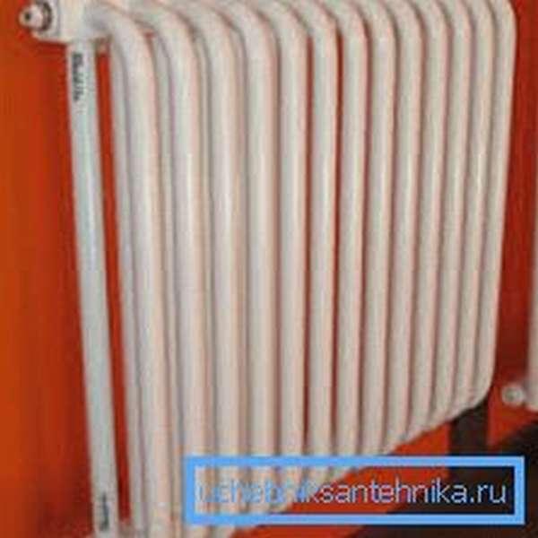 Средняя теплоотдача одной секции составляет 100 Вт
