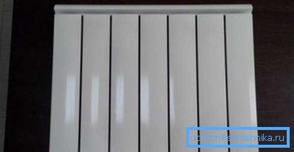 Срок службы алюминиевых радиаторов отопления, которые обработаны анодированием, составляет около 40 лет