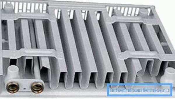 Стальные панельные радиаторы слишком тонкие.