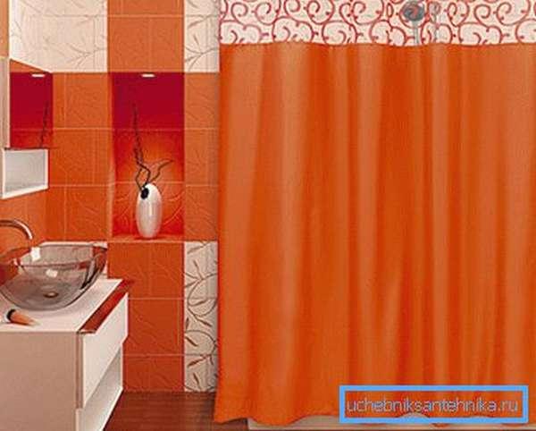 Старайтесь подбирать подходящую расцветку в соответствии с интерьером ванной комнаты.