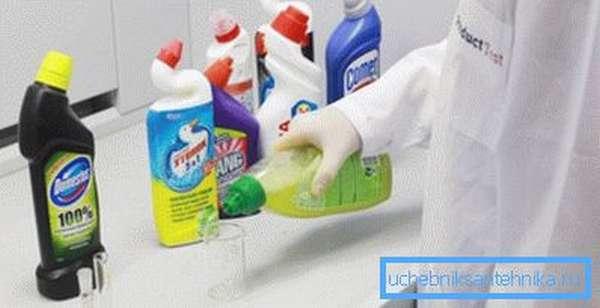 Строго соблюдайте инструкцию по эксплуатации активных химических веществ