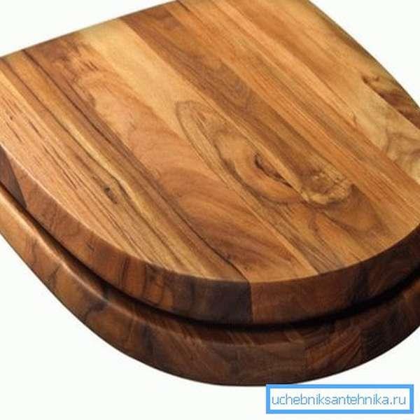 Стульчак из цельной древесины