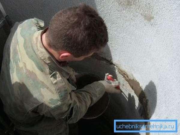 Своевременное обслуживание и ремонт шахты могут заметно продлить срок службы колодца.