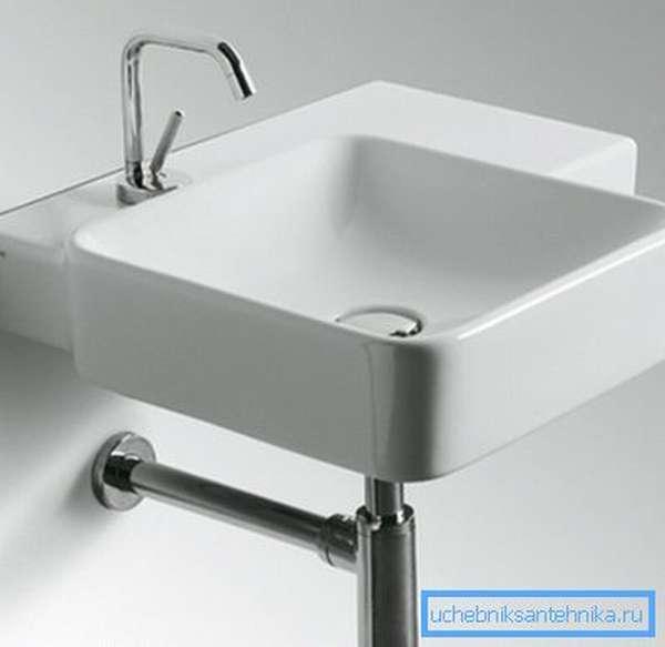 Так выглядят ассиметричные раковины для ванной