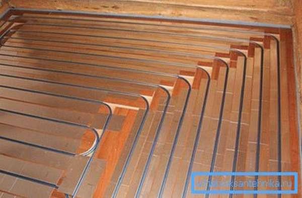 Теплый пол водяной в деревянном доме