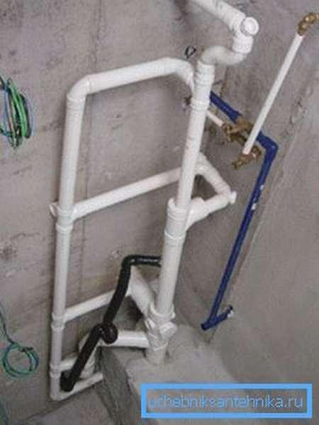Труба ПЭ 100 SDR 21 в квартире