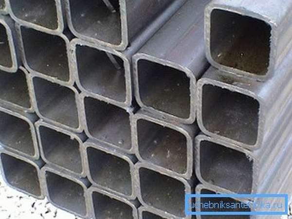 Трубы 20х20 с необработанной поверхностью