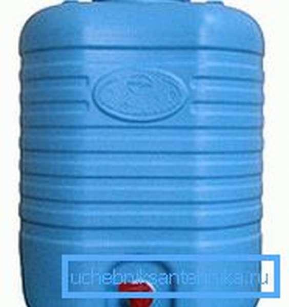 Удобный пластиковый рукомойник умывальник для дачи 20 литров