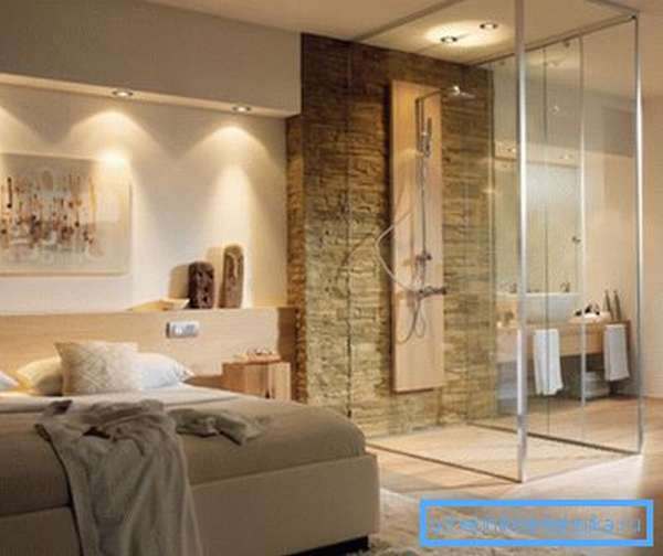 Уголки позволяют сделать душевой отсек органичной частью интерьера в квартире-студии