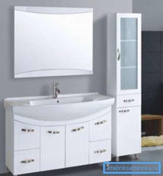 Умывальник 550х480х150 мм – прекрасный выбор для просторной ванной.