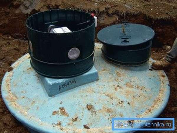 Установка выгребной ямы из полимера