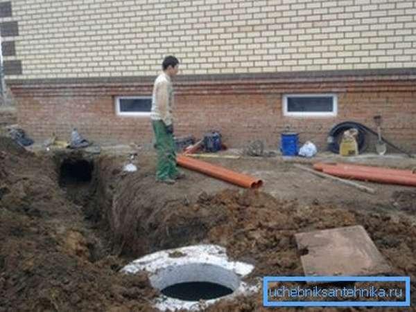 Устройство водопровода в частном доме своими руками – вполне посильная задача.