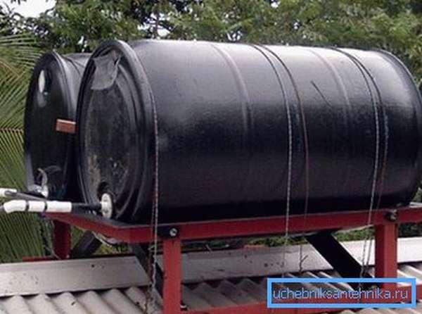 В качестве крепления можно использовать и стальную проволоку, она также обеспечивает высокую надежность