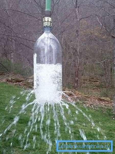 Вариант изготовления конструкции с использованием обычной пластиковой бутылки