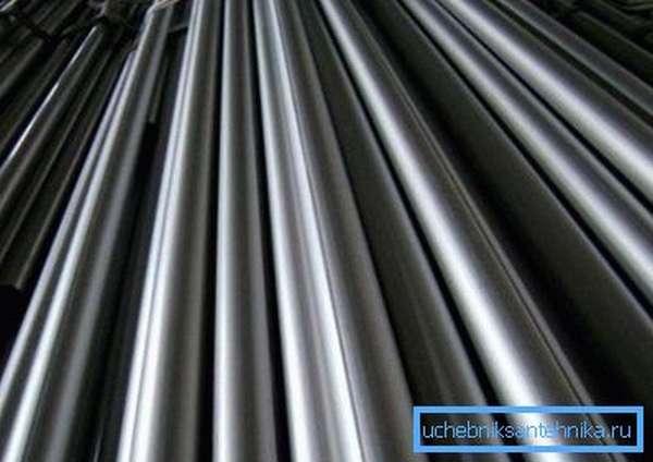 Водопроводные трубы из нержавеющей стали – наивысшее качество