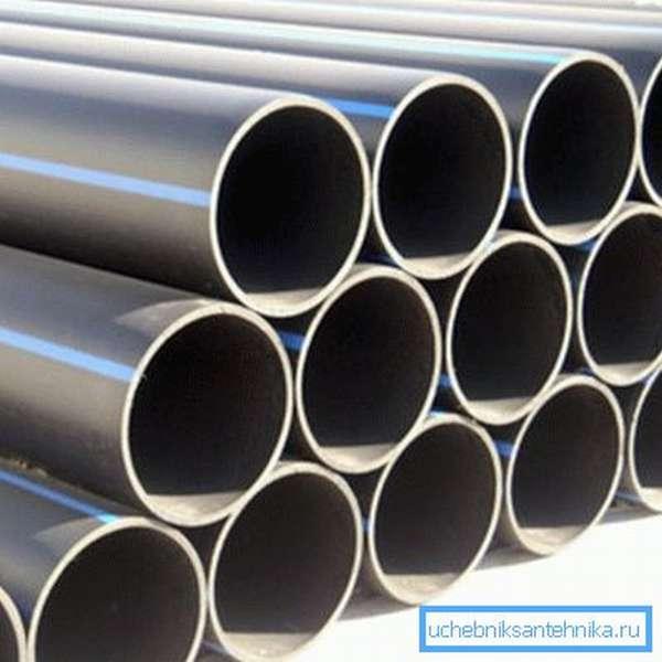 Водопроводные трубы ПВД большого диаметра используют для прокладки крупных магистралей.