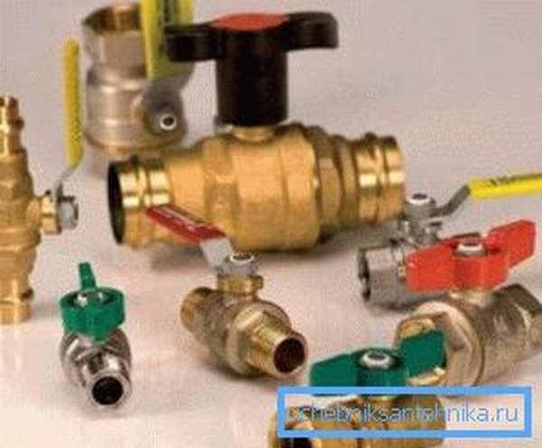Водопроводные вентили и краны в ассортименте