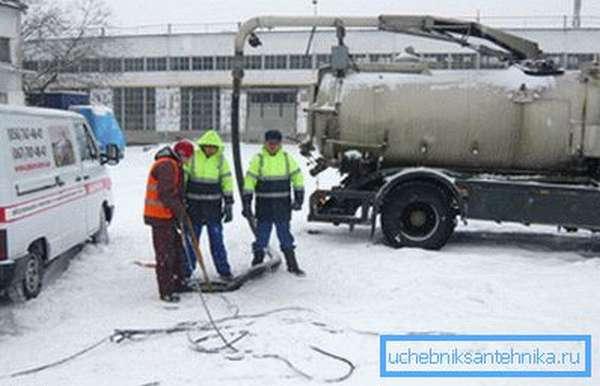 Возможна работа в зимнее время.