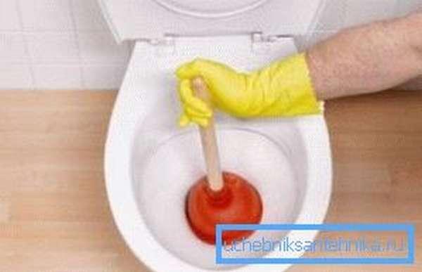 Время от времени с работой сантехнических приборов могут возникать проблемы