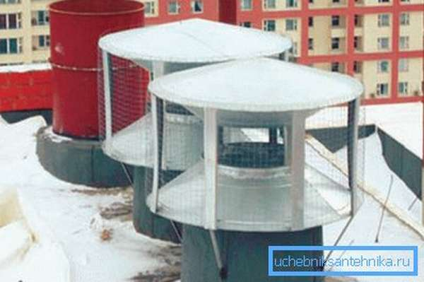 Вытяжной дефлектор вентиляции повышает тягу и эффективность работы вытяжки.