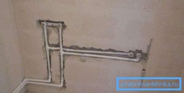 Вывод фитингов под смеситель в ванной