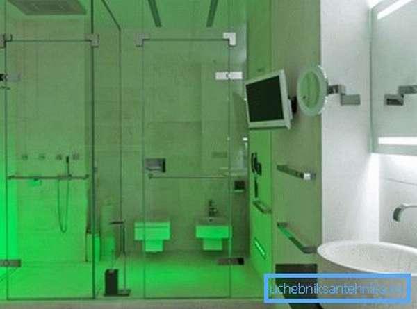 Зелёный свет в душевой кабине позволит вам полноценно расслабиться и получить максимум удовольствия от принятия водных процедур